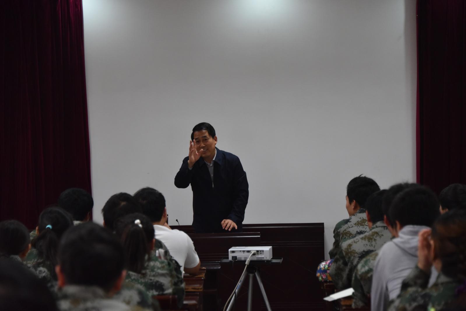 此次实习,得到了陕西太白酒业的鼎力支持,学校教学督导组张林生图片